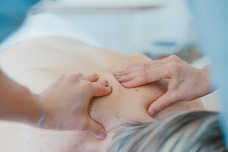 masaż pleców